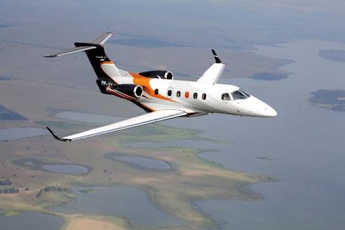 5. Embraer Phenom 300 (1)